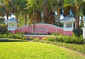 204 POMPANO DRIVE, ST PETERSBURG, Florida 33705, 2 Bedrooms Bedrooms, ,2 BathroomsBathrooms,Residential Lease,For Rent,POMPANO,U8067908