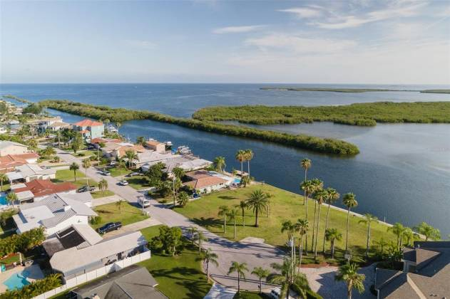 5571 BOWLINE BEND, NEW PORT RICHEY, Florida 34652, ,Land,For Sale,BOWLINE,T3312030