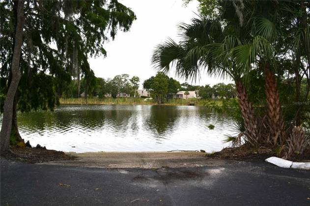 4005 DOLPHIN DRIVE, TAMPA, Florida 33617, 3 Bedrooms Bedrooms, ,2 BathroomsBathrooms,Residential,For Sale,DOLPHIN,U8127603