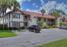 5630 GOLF POINTE DRIVE, SARASOTA, Florida 34243, 3 Bedrooms Bedrooms, ,2 BathroomsBathrooms,Residential Lease,For Rent,GOLF POINTE,A4156846