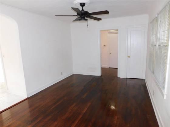 4544 1ST AVENUE, ST PETERSBURG, Florida 33713, 2 Bedrooms Bedrooms, ,1 BathroomBathrooms,Residential,For Sale,1ST,U8133879