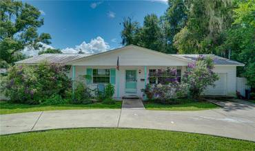 37030 CHURCH AVENUE, DADE CITY, Florida 33525, 3 Bedrooms Bedrooms, ,2 BathroomsBathrooms,Residential,For Sale,CHURCH,T3331683
