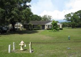 8112 HONEYBEE LANE, TAMPA, Florida 33635, 3 Bedrooms Bedrooms, ,2 BathroomsBathrooms,Residential,For Sale,HONEYBEE,T2779500