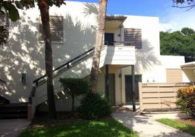554 LAKESIDE DRIVE, BRADENTON, Florida 34210, 2 Bedrooms Bedrooms, ,2 BathroomsBathrooms,Residential Lease,For Rent,LAKESIDE,A4171610